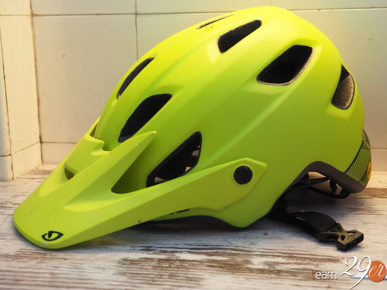 Test kask Giro Chronicle MIPS 4